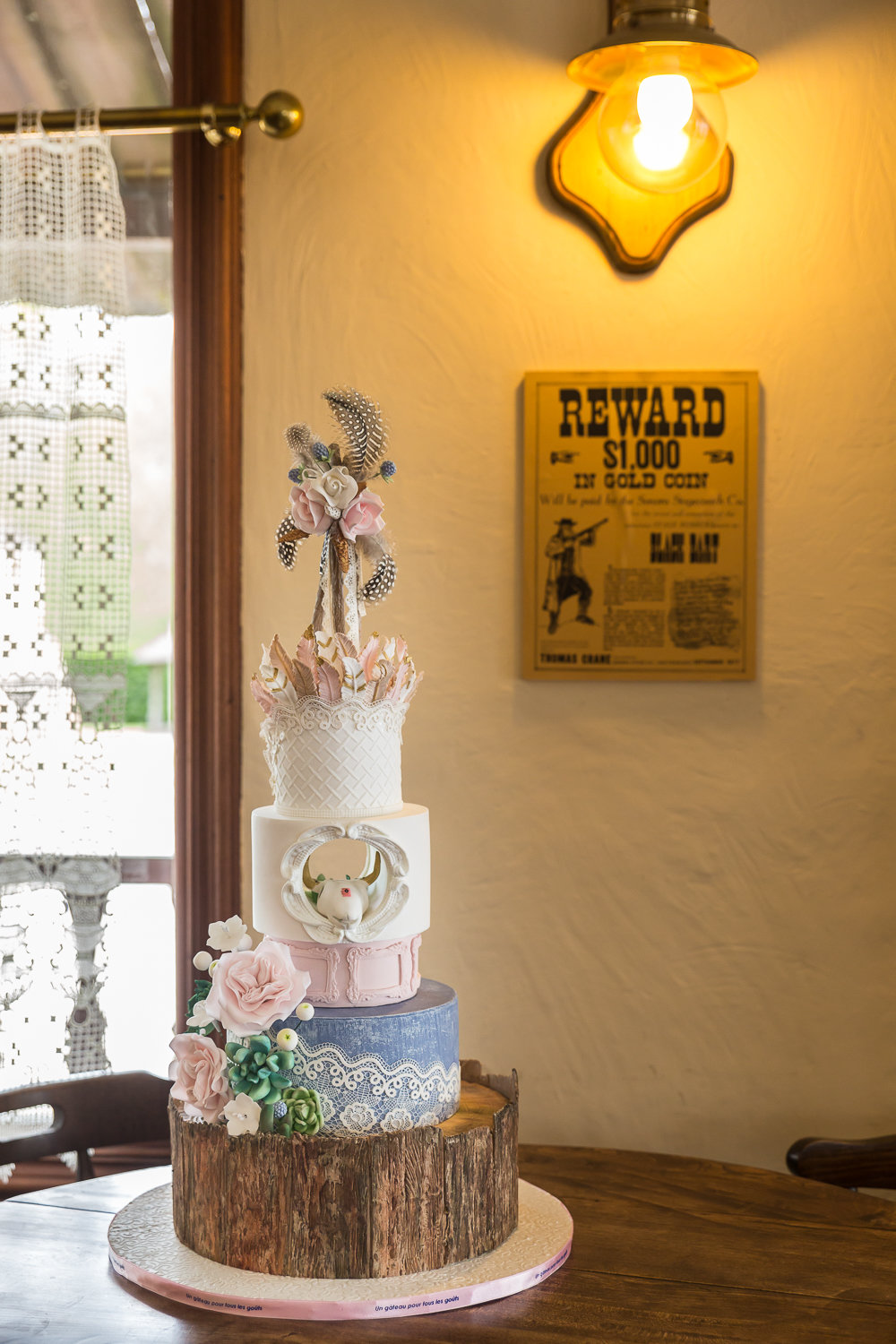 Wedding cake Far west western